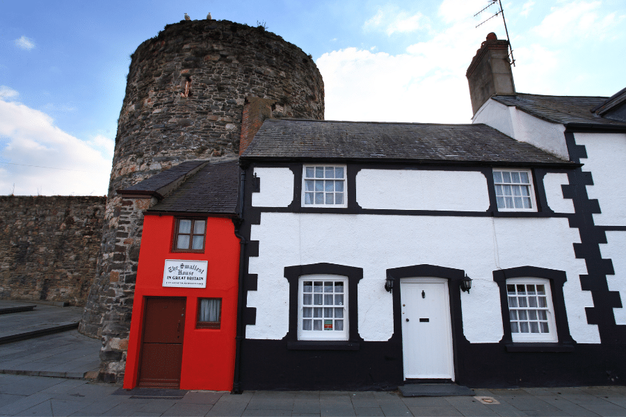 Smallest house in Britain - Quay House of Conwy